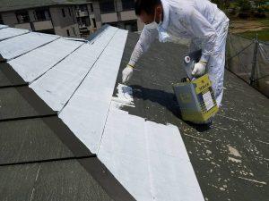 名張市 屋根塗装下塗り2回目1
