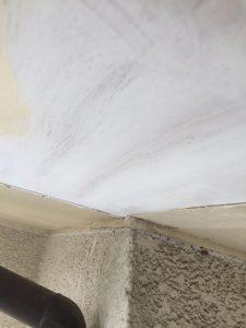 名張市 軒裏天井塗装2