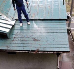 三重県名張市 屋根塗装 高圧洗浄1
