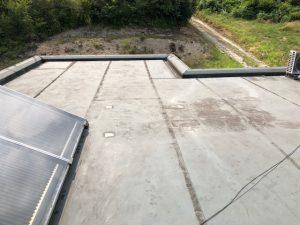 橿原市 平らな陸屋根からの雨漏りで屋根の点検と防水工事