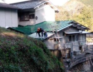 三重県 名張市 屋根塗装 中塗り4