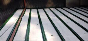 三重県 名張市 屋根塗装 中塗り1