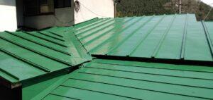 三重県 名張市 屋根塗装 上塗り3