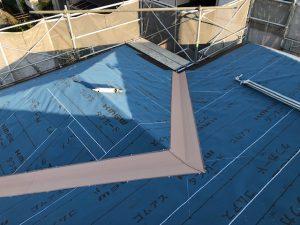名張市 30年色落ちしにくいスレート屋根の工事